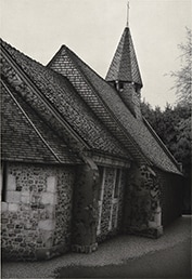 A charcoal drawing by Anthony Mitri of an old church in France won best of show in 2016
